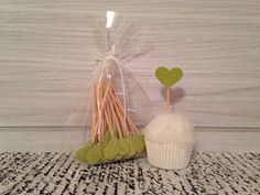 Lime grün Glitter Heart Cupcake Toppers von thegiftgardenshoppe