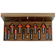 Set 13 frese #setfrese #fresa #cmt #lavorazionelegno #lavorarelegno #wood #hobbylegno #utensililegno #attrezzilegno #attrezzifalegnami #utensilifalegnami