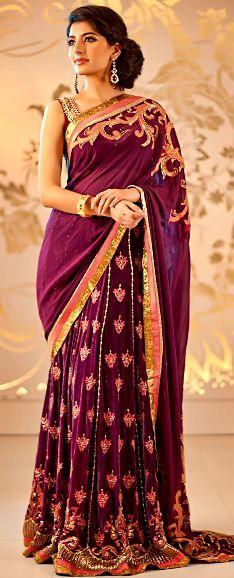 Elegant Designer Indian Sari Press Visit link above for more options Sari Dress, Dress Skirt, Indian Dresses, Indian Outfits, Moda India, India Sari, Simple Lehenga, Indie Mode, Modern Saree