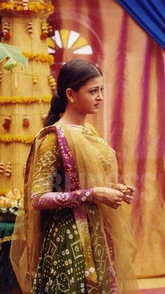 Aishwarya Rai Young, Aishwarya Rai Pictures, Aishwarya Rai Bachchan, Amitabh Bachchan, First Daughter, Miss World, Most Beautiful Women, Retro Vintage, Bollywood