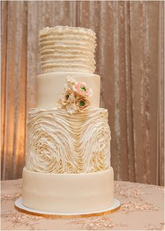 Simply Frosted Cupcakery Sarah Thompson Photography The Wedding Opera Durham Region, Wedding Planning, Wedding Ideas, Toronto Wedding, Frost, Opera, Wedding Cakes, Bakery, Sweets