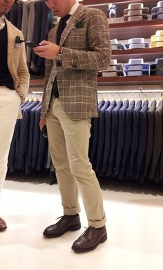 Nice.  The coat has potential, just be careful of over-dressing the pattern Preppy Outfits, Stylish Outfits, Cool Outfits, Gentleman Style, Gentleman Fashion, Gq Fashion, Sharp Dressed Man, Men Looks, Attractive Men
