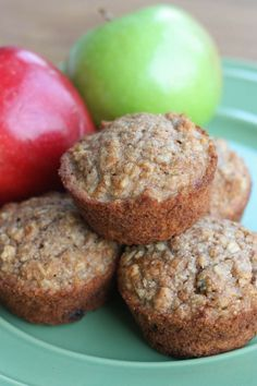 HEALTHY APPLESAUCE OAT MUFFINS -- a kid friendly healthy recipe that the whole family will love! | Featured on http://www.thebestblogrecipes.com