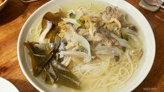 잔치국수, Banquet noodles? Do you know 잔치국수(Banquet noodlea)? Sound interesting right? Korean used to enjoy this when there is wedding ceremony. In Korean words, 언제 국수 먹을 수 있어? 'When can I have noodles? Which has inside meaning 'When are you going to get married?  That's why the name of this noodles became Banquet noodles. It's broth is made with anchovy and garlic, so the taste is simple but so good =). I really enjoy this in all seasons. For me, warm soup taste better than cold one.   잔치국수 한…