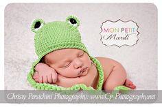 Light Green Frog Crochet Hat