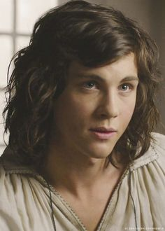 Afbeeldingsresultaat voor logan lerman the three musketeers