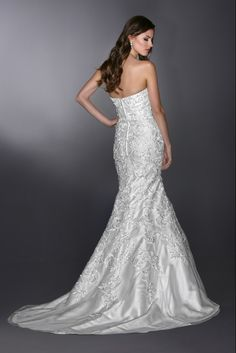Style 50270 » Wedding Gowns » DaVinci Bridal » Available Colours : Ivory, White (back)