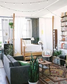 I love @juneletters ' dreamy Oakland loft. You can check out her full home tour on DS today- link in profile above to the full tour