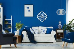 ◥ [Nulled]◢ Sofa And Armchairs In Living Room Accessories Apartment Armchair Blanket Blue Blue Flowers Teal Living Rooms, Living Room Photos, Living Room Green, My Living Room, Living Room Designs, Royal Blue Walls, Salons Cosy, Wood Monogram, Blue Armchair