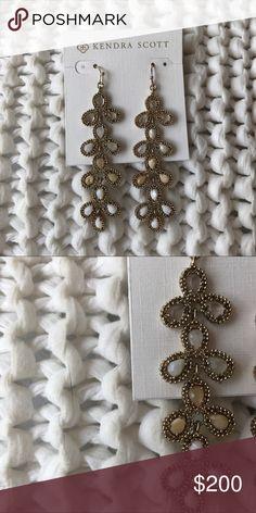 Kendra Scott MOP Drop Earrings, vintage, rare Kendra Scott MOP Drop Earrings, vintage, rare Kendra Scott Jewelry Earrings
