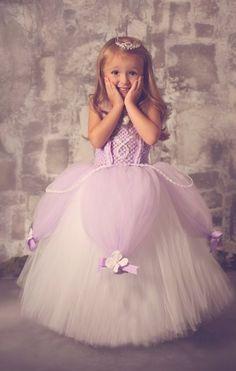 kız çocuk pembe gelinlik modeli