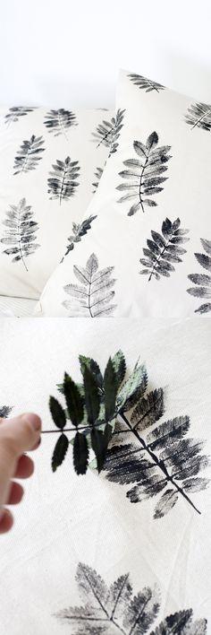 Kissen ganz einfach mitSoffmalfarbenund Blättern verzieren Source: diy-di.blogspot.fr