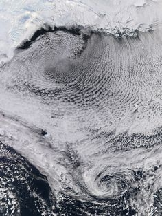 Weird Clouds Look Even Better From Space. Amazing satelite imagery of swirling and undulating clouds from around the world - Wired Science