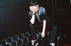 秋元梢 Kozue Akimoto Kozue shot by young jun koo