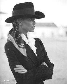 Liya Kebede Liya Kebede, Cowgirl Style, Summer Hats, African Beauty, Role Models, Fashion Brand, Editorial Fashion, Supermodels, Fashion Beauty
