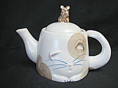 Takahashi Cat and Mouse Tea Pot