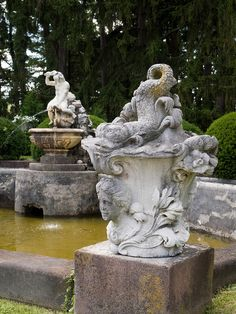 Italian garden fountain/statuary