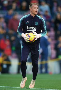 Ter Stegen looks on during a warm up prior to the La Liga match. Camp Nou, Fcb Barcelona, Barcelona Soccer, Real Madrid, Germany Football Team, Fc Barcelona Wallpapers, Claudio Bravo, Marc Andre, Sports Images
