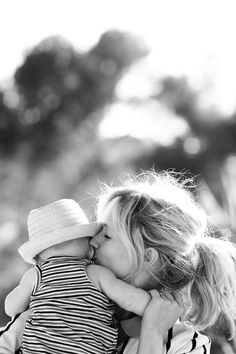 This is how I will always see my children, no matter how old they get. Adorable mom and baby shot. Mama Baby, Mom And Baby, Mommy And Me, Baby Love, Children Photography, Newborn Photography, Family Photography, White Photography, Family Portraits