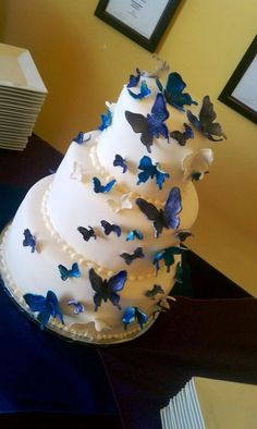 Buy Butterfly Wedding Cake at Wish - Shopping Made Fun Pretty Cakes, Cute Cakes, Beautiful Cakes, Amazing Cakes, Butterfly Wedding Cake, Butterfly Cakes, Butterflies, Blue Butterfly, Occasion Cakes