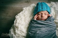 Little hat for a little Baby! Do you like it? Let me know! Picture from my Brother Andrea Bagnasco: www.fioriditulle.it