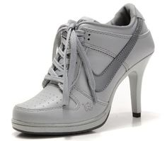 best service 7d244 1683a Nike Dunk SB Low Heels Grey in New and share