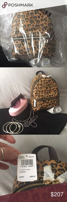 Coach Leopard backpack Super cute Leopard backpack 🎒 small but cute it s a  must have for you coach lovers 😜 Coach Bags Backpacks c88aecad46c3e