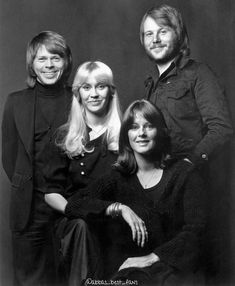 ABBA Picture Gallery and Collection Music Love, Pop Music, Frida Abba, Abba Mania, Musician Photography, Rock & Pop, Eurovision Songs, Best Fan, Kids Tv