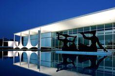"""* Brasília, Brasil * """"Palácio da Alvorada"""", Residência Oficial da Presidência da República."""