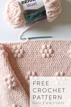 Free Crochet Pattern - Velvet Flowers Throw 2019 - - Wedding Decorations 2019 - World Trends Crochet Afghans, Crochet Stitches For Blankets, Afghan Crochet Patterns, Knit Or Crochet, Baby Blanket Crochet, Crochet Crafts, Crochet Projects, Free Crochet, Crochet Baby