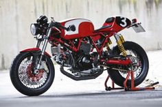 Great job on this cafe racer!