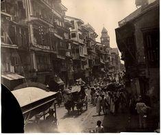 Busy_Street_Scene_in_Bombay_Mumbai_1880