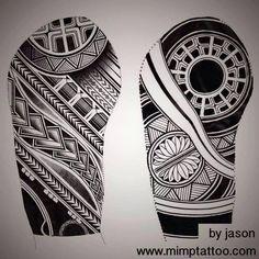 Wolf And Moon Tattoo, Wolf Moon, Tribal Tattoos, Tatoos, Maori Patterns, Piercing Studio, Body Piercing, Tattoo Designs, Cushion