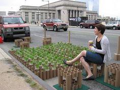 simples e lindinha, essa pequena praça foi feita com o reaproveitamento de tubos de papel!