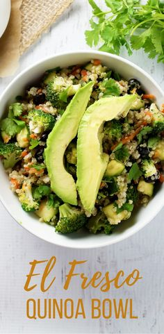 This vegetable packed quinoa bowl is a easy and healthy recipe for a clean eating lunch or dinner!