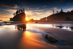 The 'Second Beach' in Washington during sunset ... I was waiting almost a week for this. ;-)  You may like to follow my photography on Facebook: S V E N . M Ü L L E R . L A N D S C A P E . P H O T O G R A P H Y  Copyright © 2015 Sven Müller. All rights reserved.
