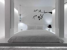"""Quero um quarto minimalista. Bem iluminado, fresco, e livre de distrações. Pra ser uma coisa tipo """"só eu e você"""", sabe?"""