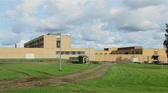 Hämeenlinnaan nousevaa uutta vankilaa ovat mukana suunnittelemassa myös itse käyttäjät, vangit. Uudenajan teknovankila hyödyntää modernia tekniikkaa, jonka pitäisi helpottaa vankien valvontaa, mutta tukea paremmin vankien opiskelua.