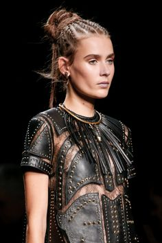 Valentino - Paris Fashion Week / Spring 2016