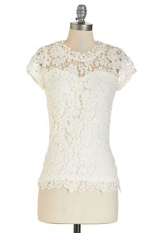 Graceful Air Top in Ivory | Mod Retro Vintage Short Sleeve Shirts | ModCloth.com