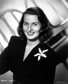 Brenda Marshall Golden Age Of Hollywood, Vintage Hollywood, Classic Hollywood, Brenda Marshall, Vintage Pictures, New Movies, Hollywood Actresses, My Eyes