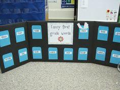 A Mini Word Wall - Ladybug's Teacher Files