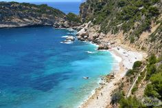 Search thousands of stylish home swap vacation offers worldwide. Home Base Holidays makes it easy for you to search for the right property for your next vacation. Javea Spain, Places In Spain, Moraira, Strand, Valencia, Puerto Rico, Morocco, Beautiful Places, Live Life
