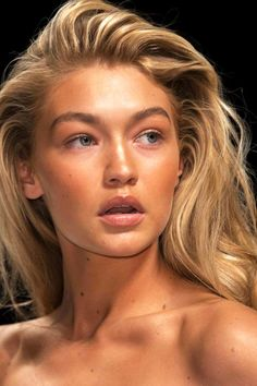 15 Products For Achieving Gigi Hadid's Bronzed Beauty Look