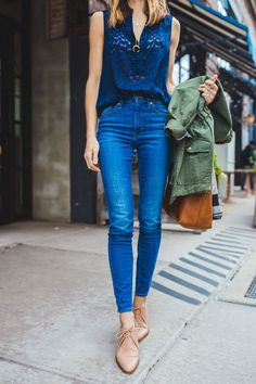spring outfit - navy tank and medium wash jeans