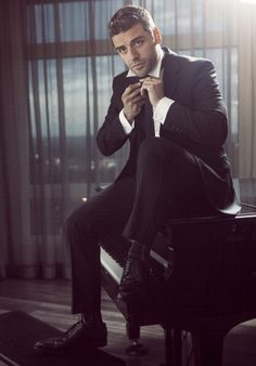 Oscar Isaac - favorite movie: a most violent year ♡