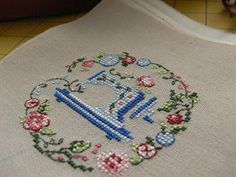 Sewing cross stitch free embroidery design
