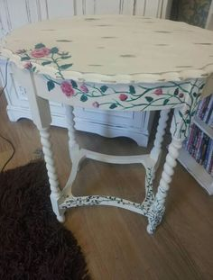 Roses on the vines side table order