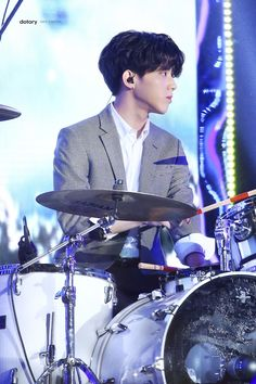 Our dearest drum puppy♡ I Zombie, Day6 Dowoon, Kim Wonpil, Young K, Important People, Aesthetic Photo, Pop Group, Boy Bands, My Best Friend