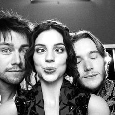 adelaide kane I love Reign... Mary Queen of Scots and her boys. ;)